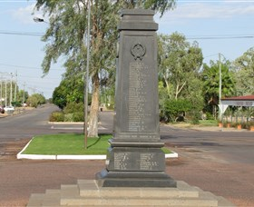 Winton War Memorial - Accommodation Rockhampton