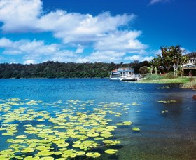 Lake Barrine Crater Lakes National Park - Accommodation Rockhampton