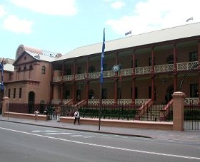 Parliament House - Accommodation Rockhampton