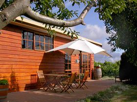 Brook Eden Vineyard - Accommodation Rockhampton