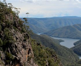 Landers Falls Lookout - Accommodation Rockhampton