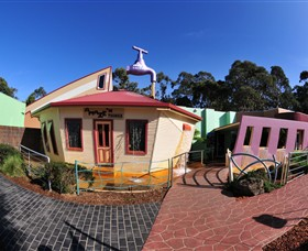A Maze'N Things - Accommodation Rockhampton