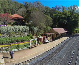 Spring Bluff Railway Station - Accommodation Rockhampton