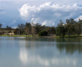 Gum Bend Lake - Accommodation Rockhampton