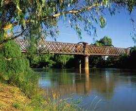 Narrandera Rail Bridge - Accommodation Rockhampton