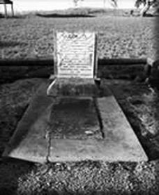 Grave of Yuranigh - Accommodation Rockhampton