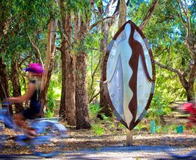Wagirra Trail and Yindyamarra Sculpture Walk