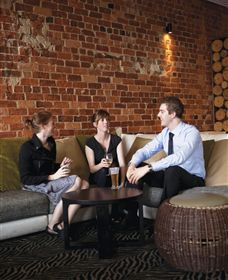 ZedBar - Accommodation Rockhampton