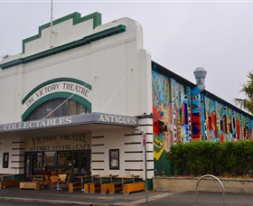 The Victory Theatre Antique Centre - Accommodation Rockhampton