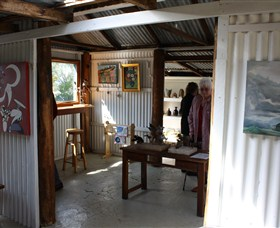 Tin Shed Gallery - Accommodation Rockhampton