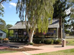 Hay Cottage Arts and Crafts Association Incorporated - Accommodation Rockhampton