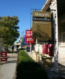 Morpeth Wine Cellars and Moonshine Distillery - Accommodation Rockhampton