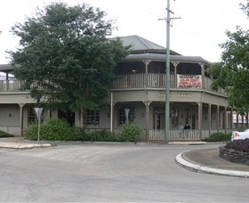 The Hotel Cecil - Accommodation Rockhampton