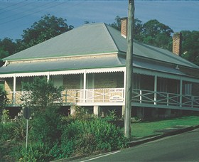 Maclean Stone Cottage and Bicentennial Museum - Accommodation Rockhampton