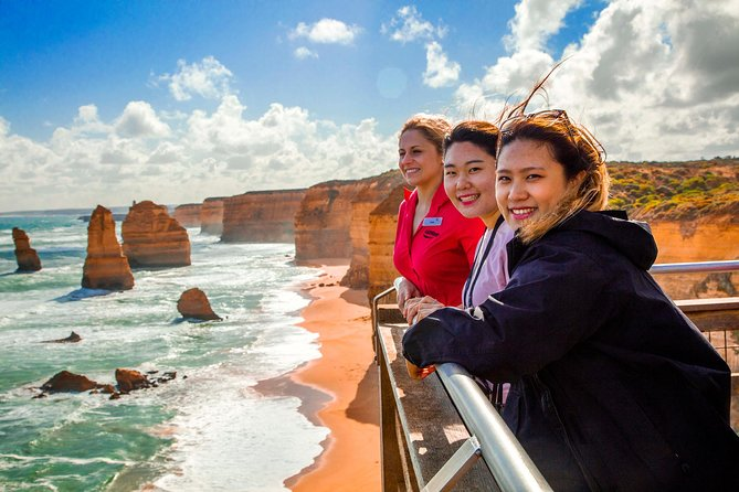 4-Day Melbourne Tour City Sightseeing Great Ocean Road and Phillip Island - Accommodation Rockhampton