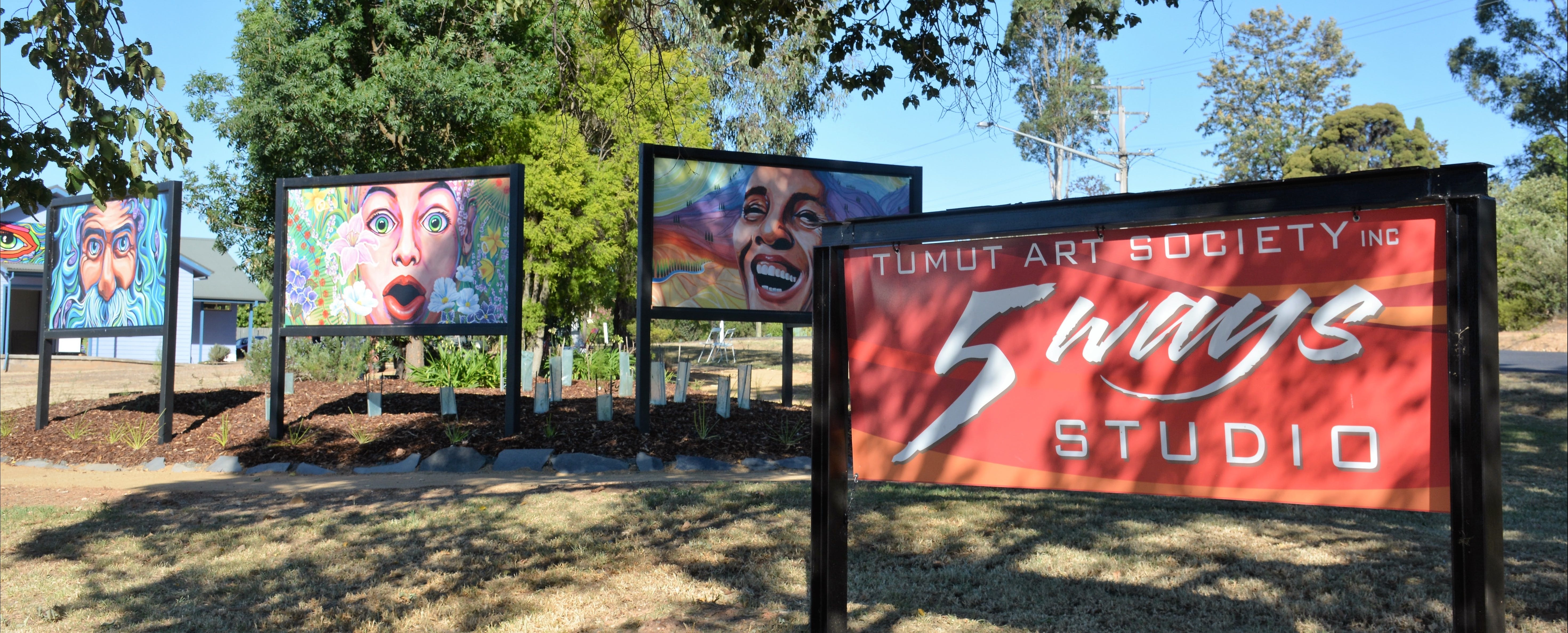 Tumut Art Society 5Ways Gallery - Accommodation Rockhampton
