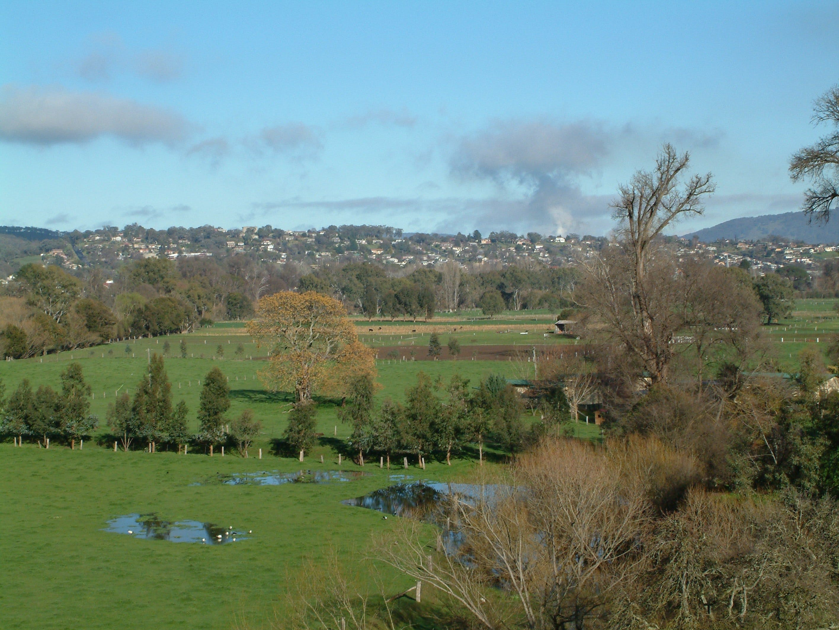 Tumut - Accommodation Rockhampton