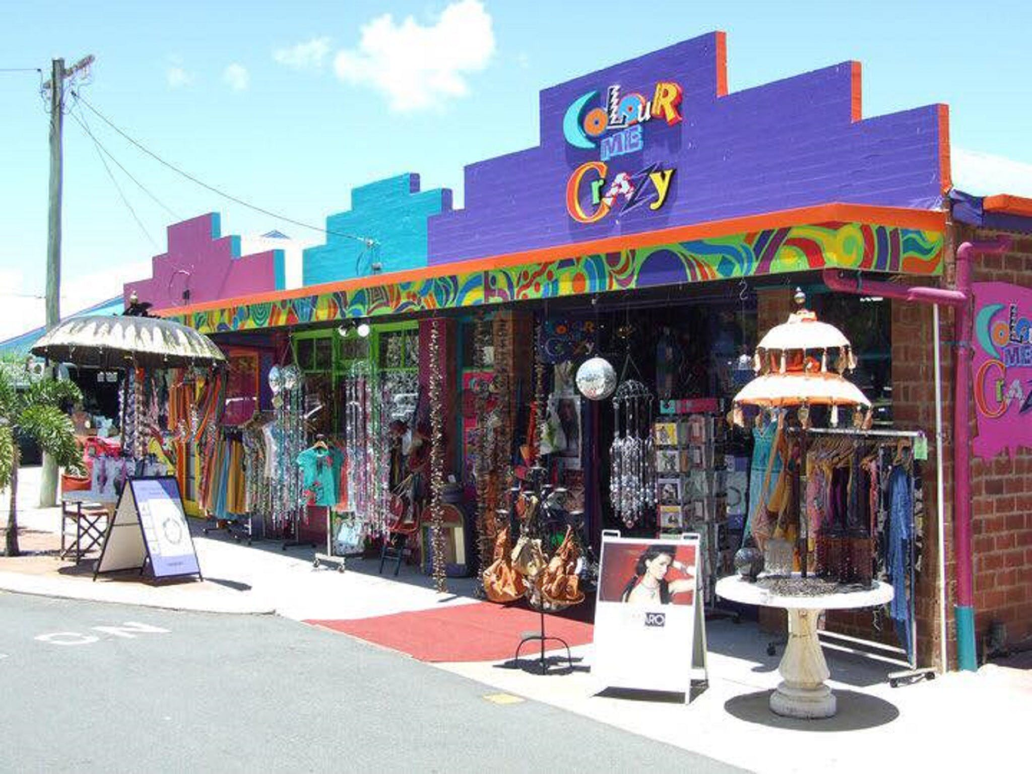 Colour Me Crazy - Accommodation Rockhampton