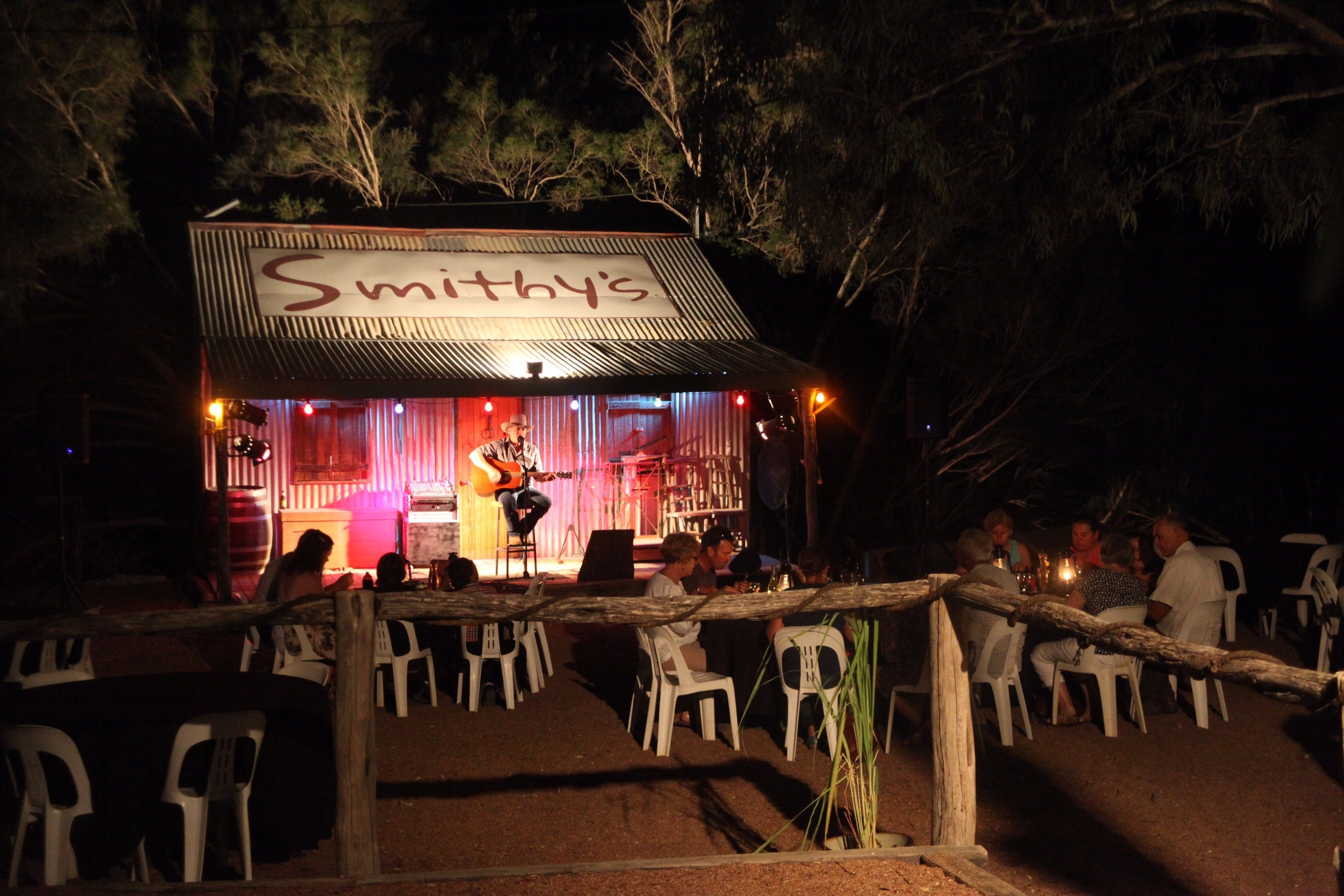 Smithy's Outback Dinner and Show - Accommodation Rockhampton