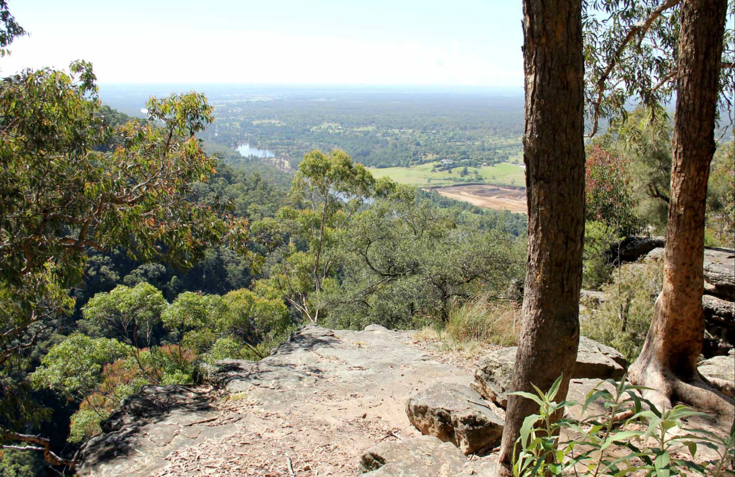 Yellow Rock Lookout - Accommodation Rockhampton