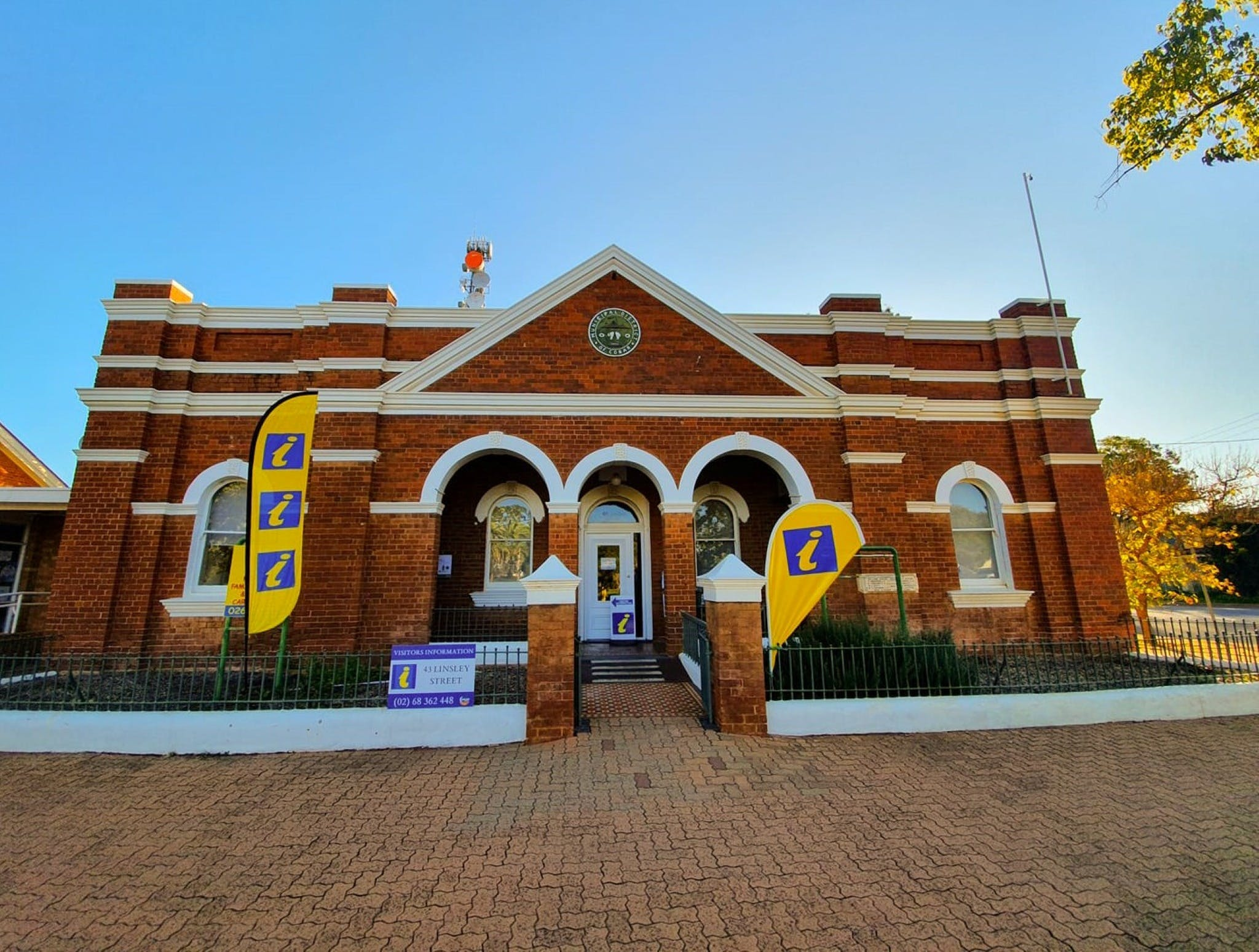 Cobar Visitor Information Centre - Accommodation Rockhampton