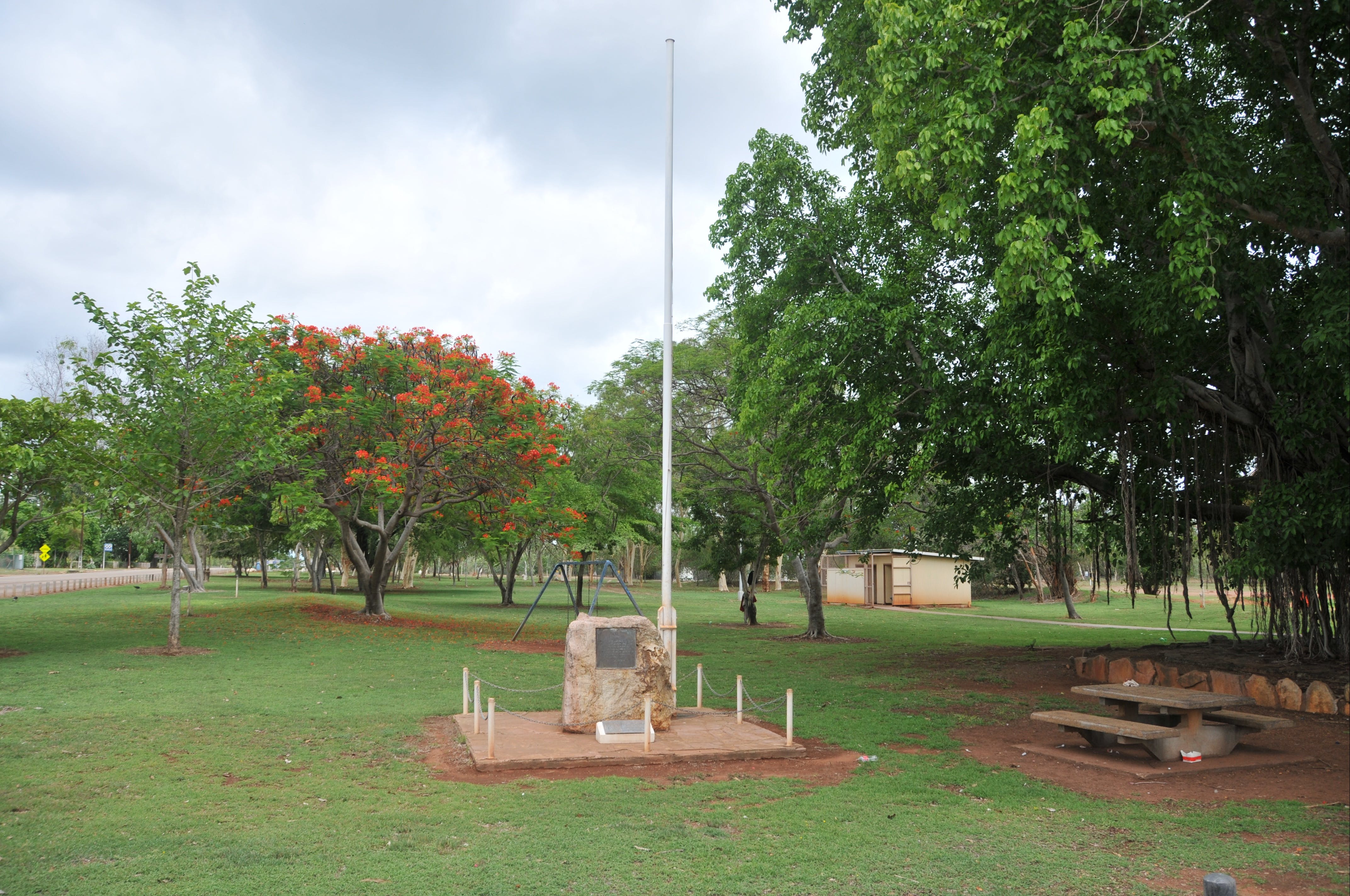 Mataranka War Memorial - Accommodation Rockhampton