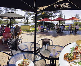 The Beach and Bush Gallery and Cafe - Accommodation Rockhampton