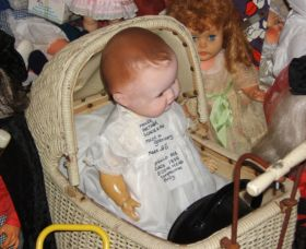 Little Darlings Doll Museum and Coffee Shop - Accommodation Rockhampton