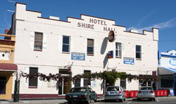 Shire Hall Hotel - Accommodation Rockhampton