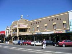 Ararat Hotel - Accommodation Rockhampton