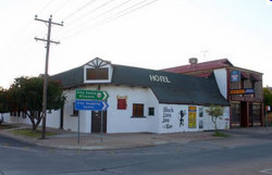 Black Lion Inn Hotel - Accommodation Rockhampton