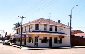 Old Fitzroy Hotel The - Accommodation Rockhampton