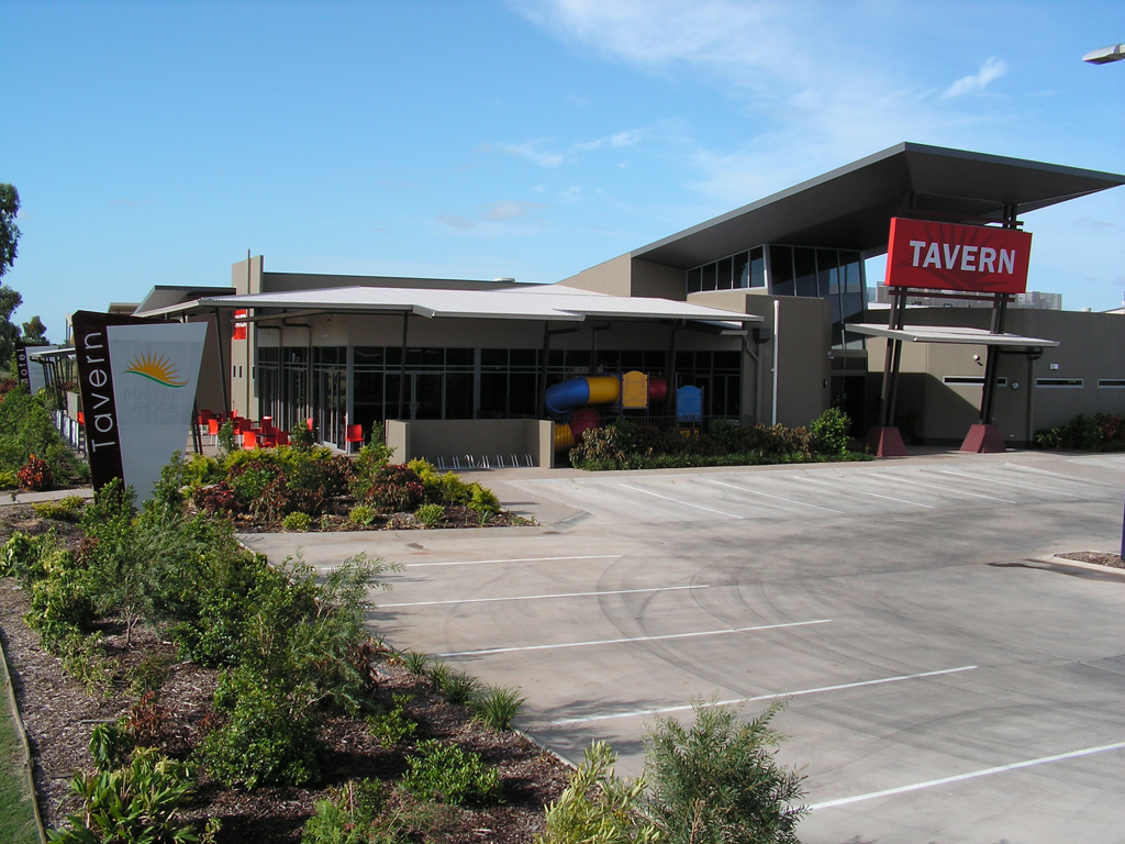 Mayfair Ridge Tavern - Accommodation Rockhampton