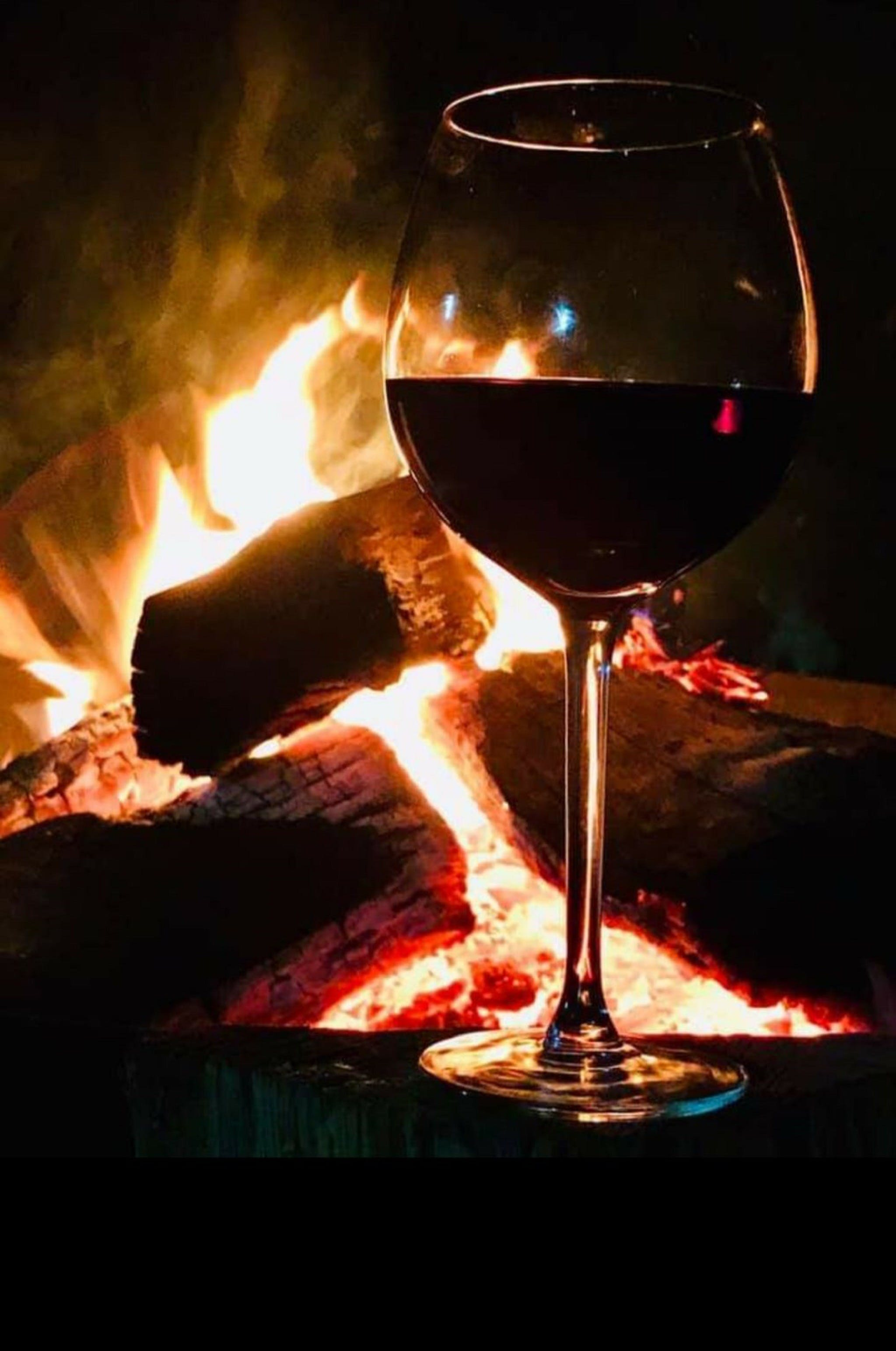 Book your Fire Pit at The Oriana - Accommodation Rockhampton