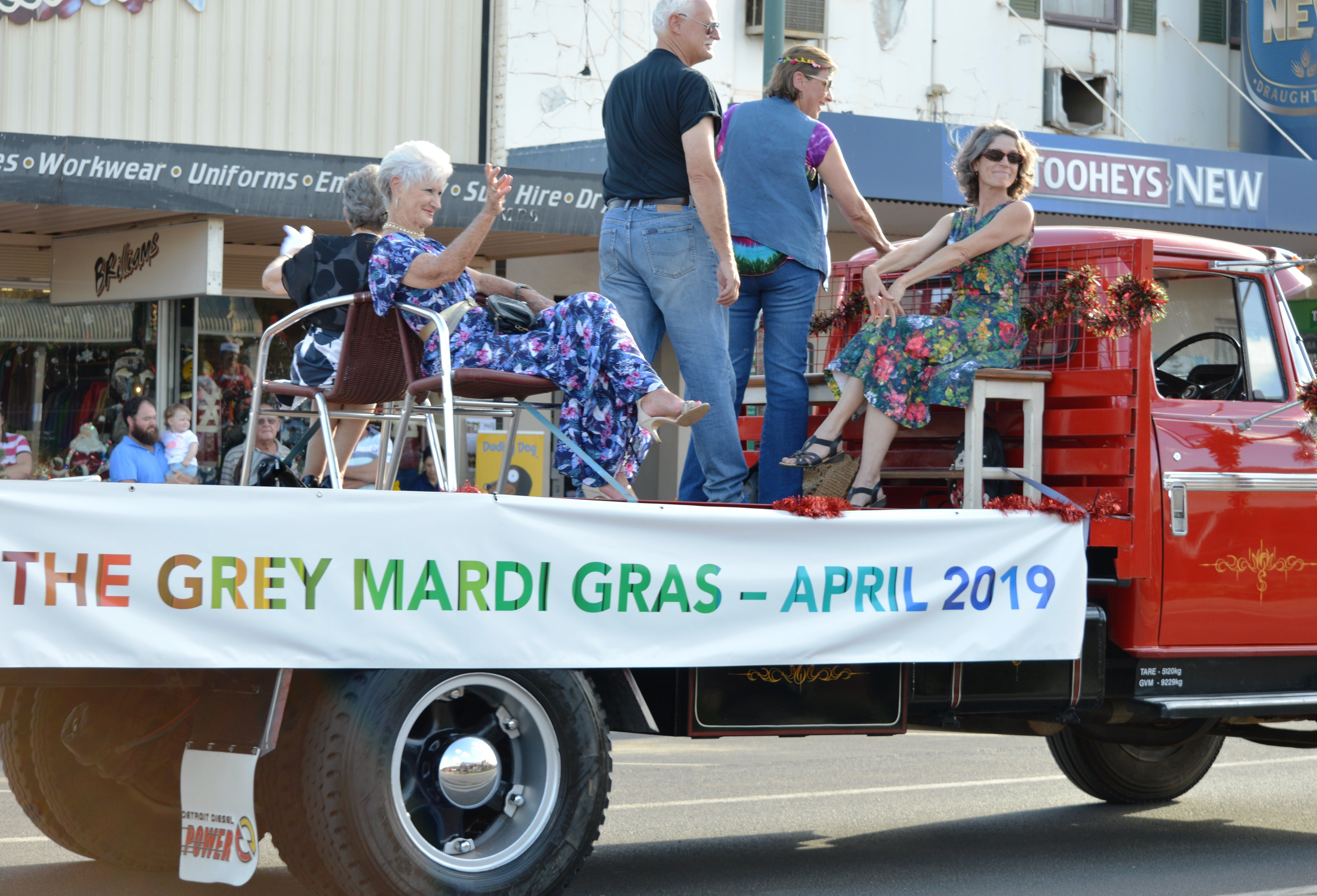 The Grey Mardi Gras - Accommodation Rockhampton