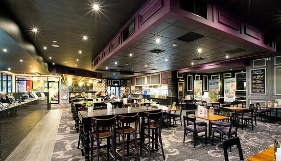 Skyways Hotel Bistro - Accommodation Rockhampton