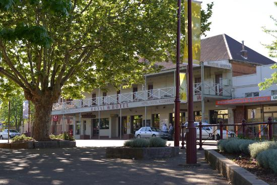 Royal Hotel Restaurant - Accommodation Rockhampton