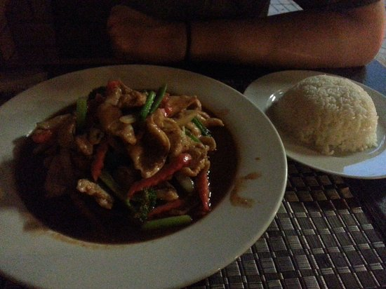 PJ Thai Restaurant - Accommodation Rockhampton