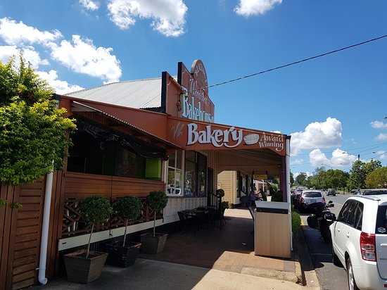 Blackbutt Woodfired Bakery - Accommodation Rockhampton