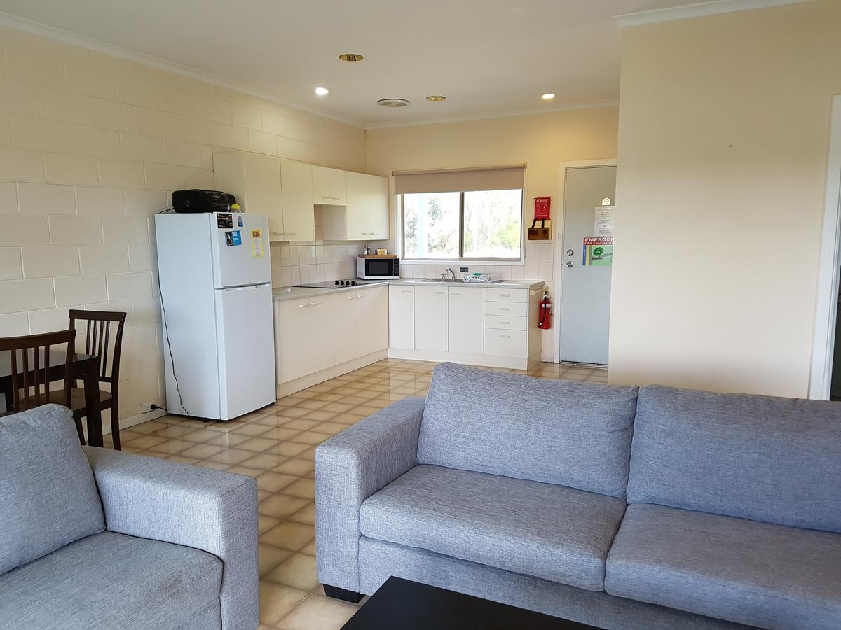 Marion Bay Holiday Villas - Accommodation Rockhampton