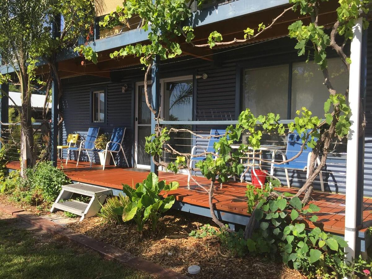 SHAKIN' SHACK - Accommodation Rockhampton