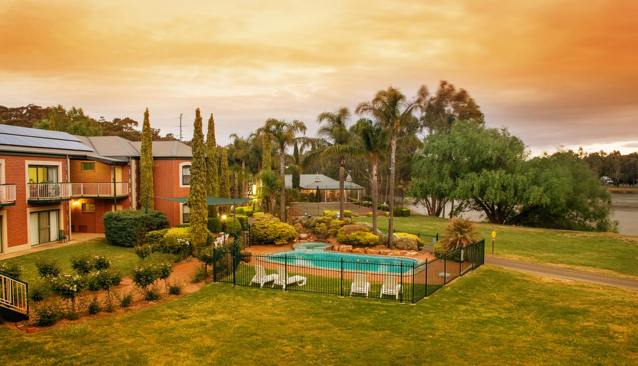 Clare Country Club - Accommodation Rockhampton
