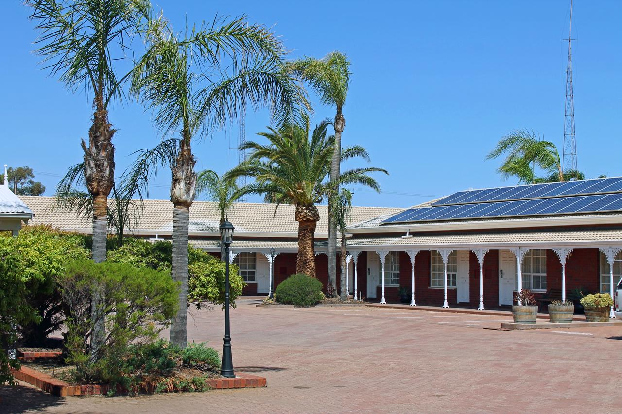 John Pirie Motor Inn - Accommodation Rockhampton