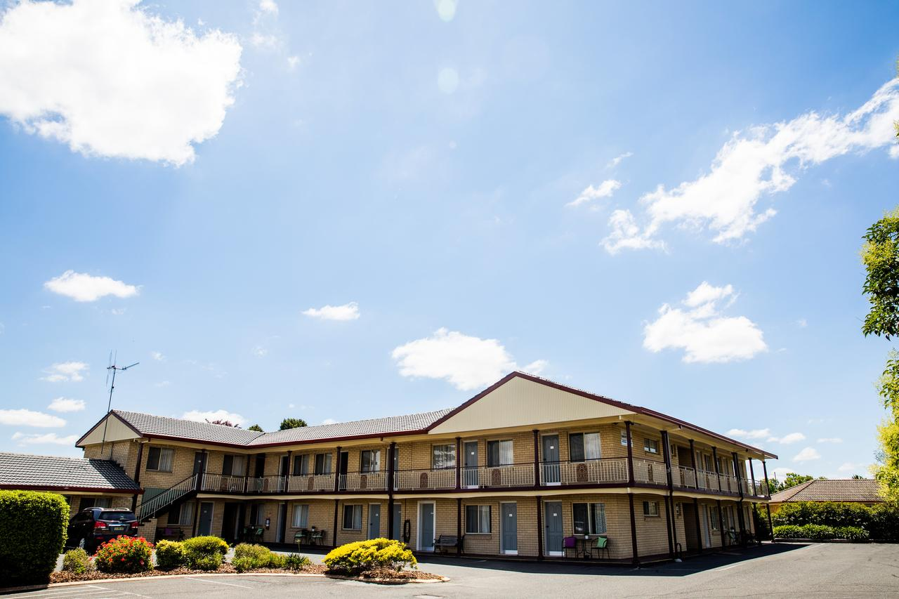 Lilac City Motor Inn  Steakhouse - Accommodation Rockhampton