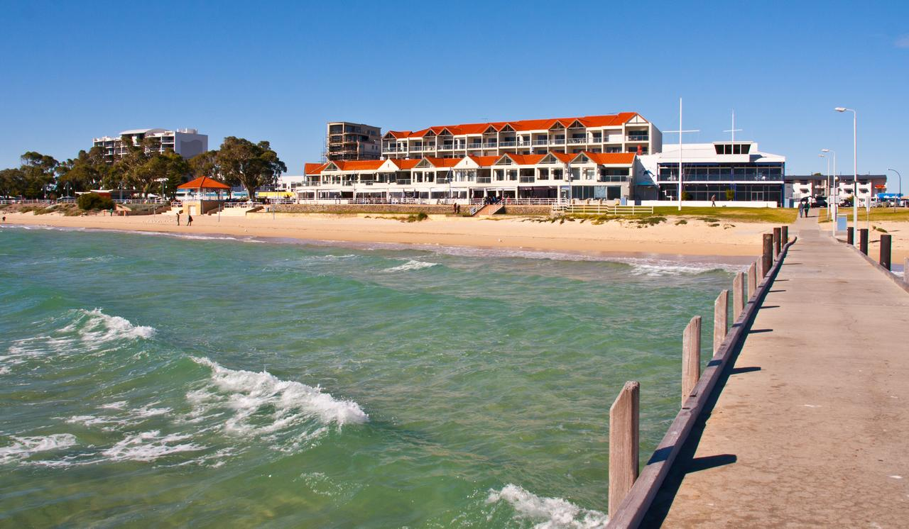 Boardwalk By The Beach - Accommodation Rockhampton