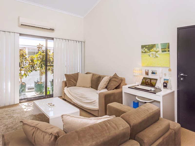 Home Apartment - Perth City Centre - Free WiFi - Accommodation Rockhampton