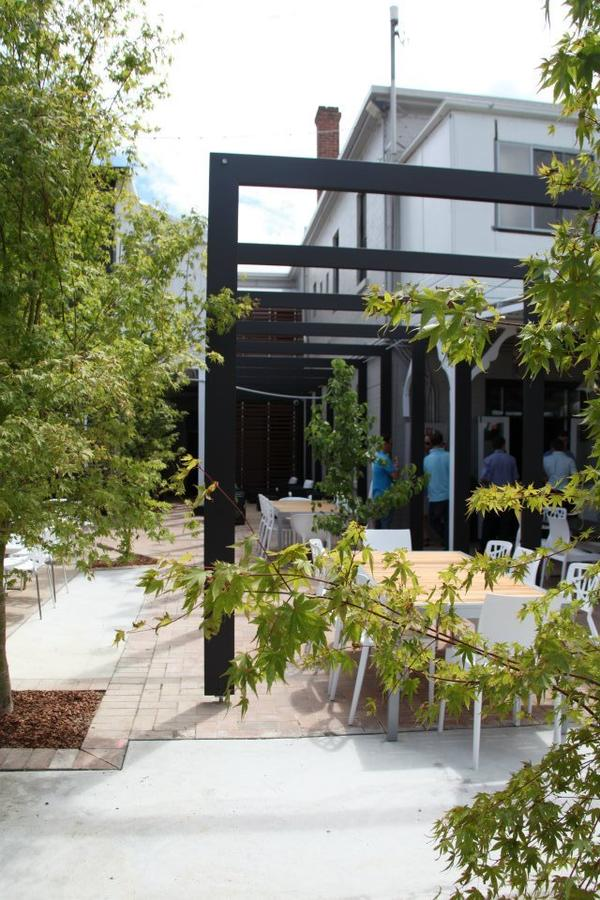 Crossroads Hotel - Accommodation Rockhampton