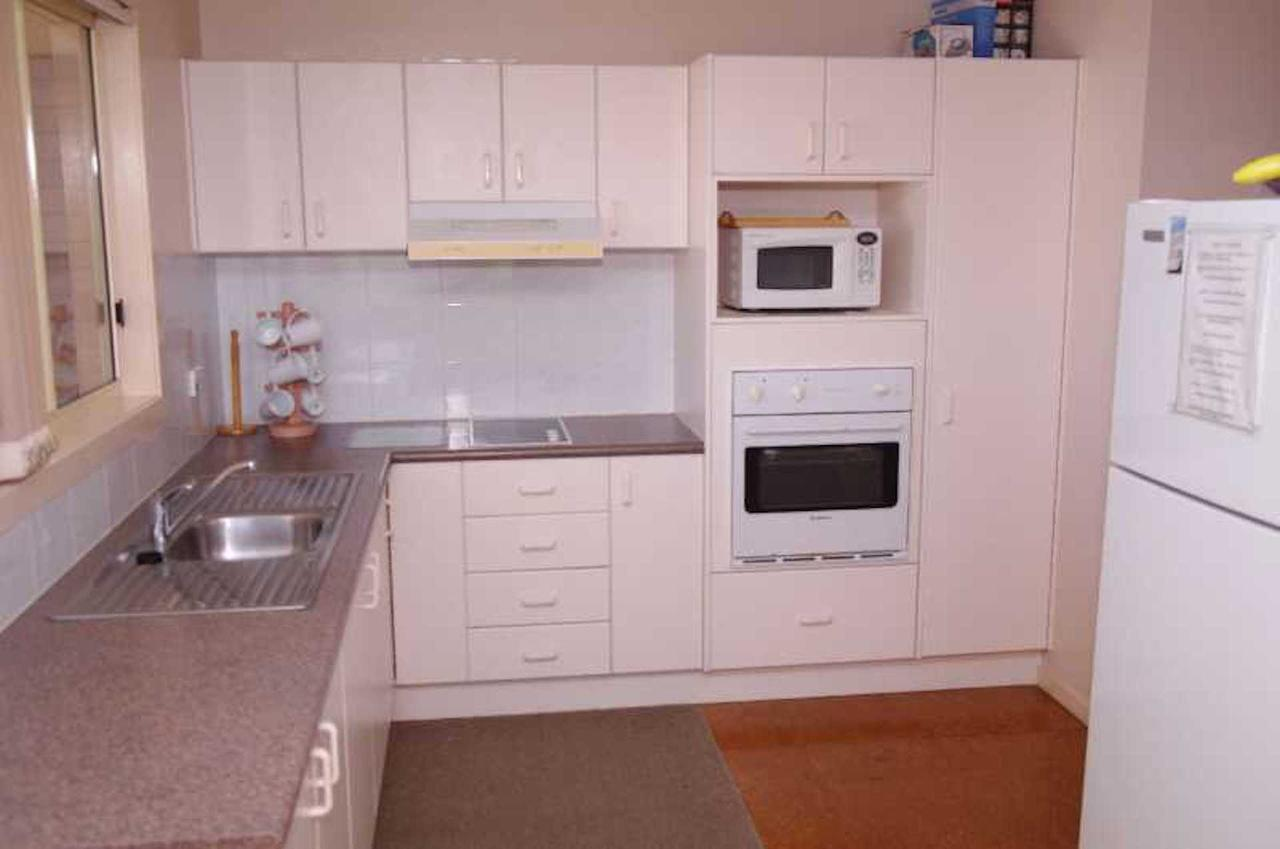 Bellhaven 2 17 Willow Street - Accommodation Rockhampton