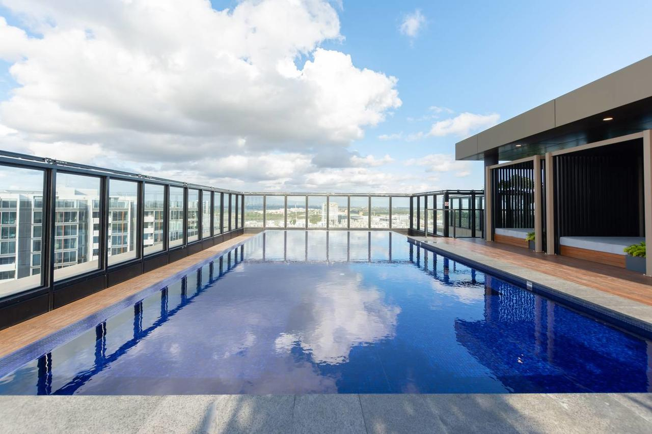 Japanese Style waterfront apt wt rooftop pool - Accommodation Rockhampton