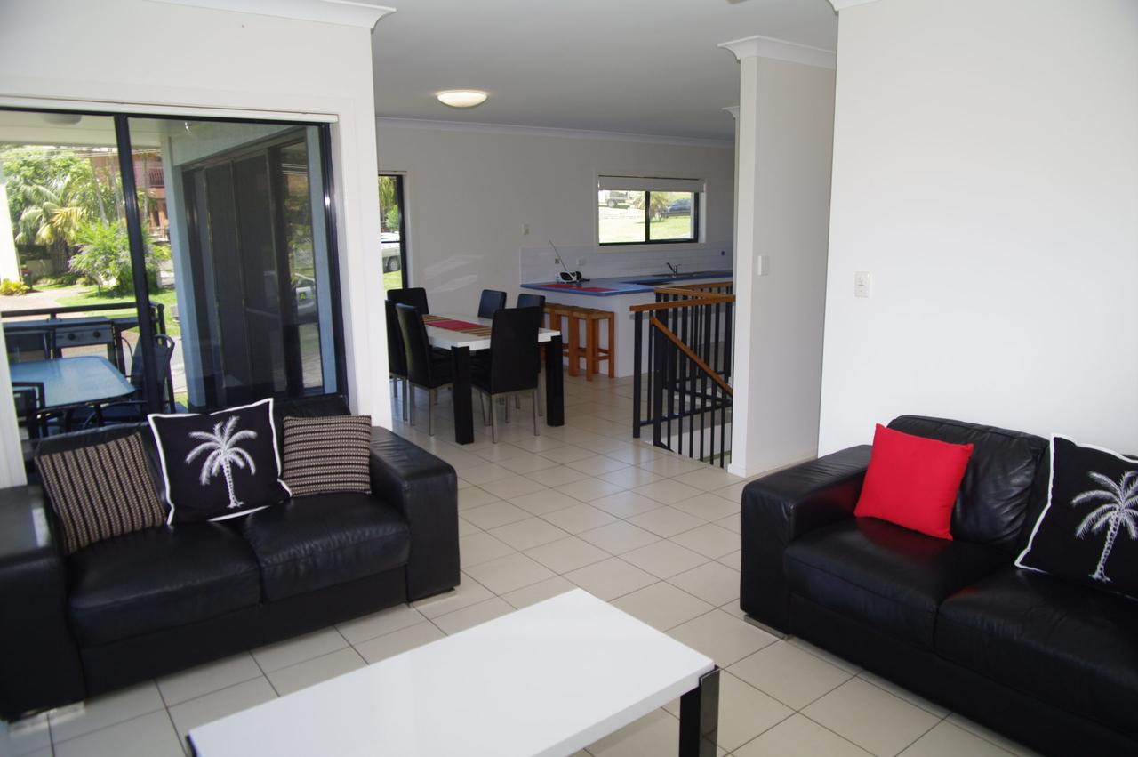 Breakaway 11 Scott Street - Accommodation Rockhampton